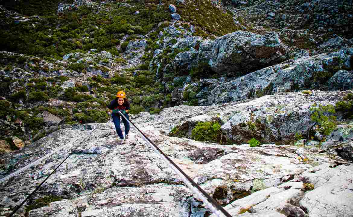 An adventure holiday in South Africa_Abseil Table Mountain