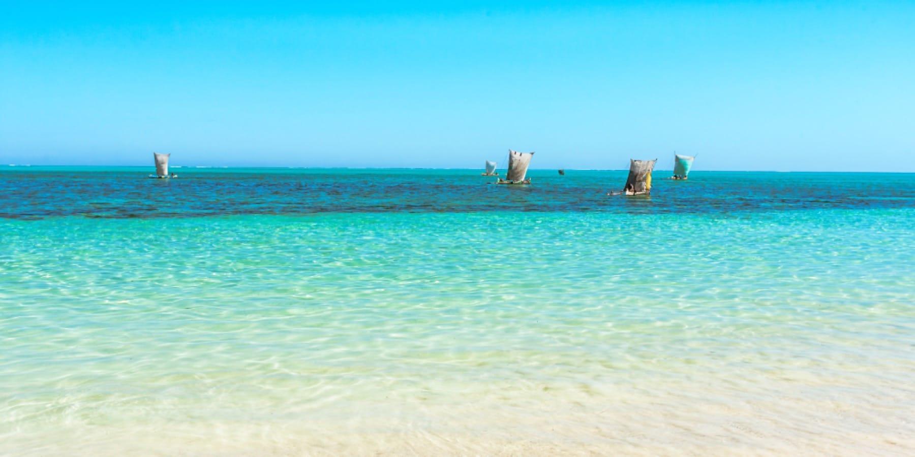 dhows ponta da ouro mozambique holiday