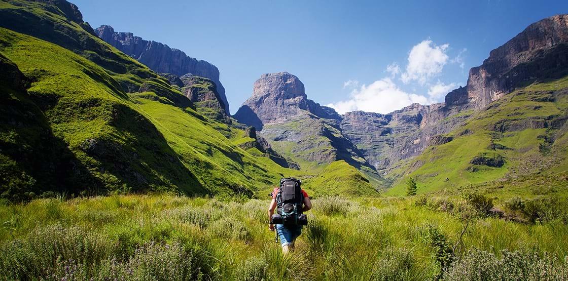Walking safari holidays in South Africa_Drakensberg hike